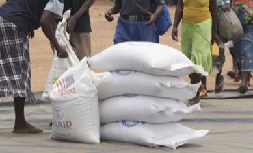 Une file d'attente lors d'une distribution de vivres par le gouvernement en mai 2019, après le passage du cyclone Idai